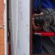 Mehanska pritrditev okenskega okvirja - Foto: Gradbeni inštitut ZRMK