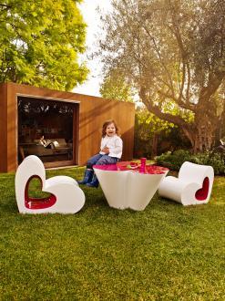Vrtno pohištvo, oblikovanje Agatha Ruiz de la Prada, Vondom