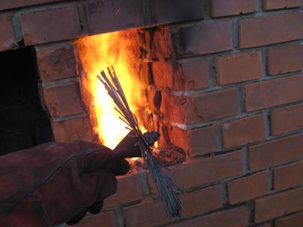Čiščenje oblog, pri katerem zagori, prenesejo le kakovostni dimniki.  - Foto: arhiv Ismeta Okića