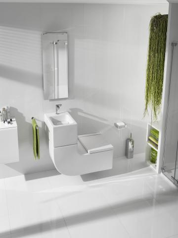 W + W – umivalnik in stranišče v enem (Roca). Poleg prihranka prostora omogoča tudi varčevanje z vodo - ta iz umivalnika steče v kotliček in se uporabi za splakovanje stranišča.