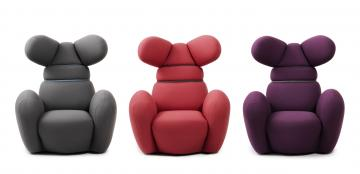 http://www.deloindom.si/sites/deloindom.si/files/styles/article_page_title_image/public/null/bunny_chair_group_300dpi.jpg?itok=hLFgHJ24