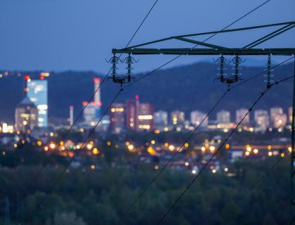 V Sloveniji aprila padec proizvodnje in porabe energije