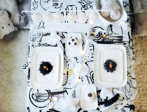 Praznična miza za dva: Drznost s kančkom humorja