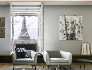 Odprta vrata – Francija: Razkošno stanovanje s pogledom na Eifflov stolp