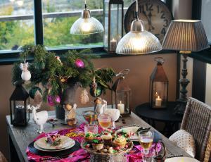 Praznična miza za družino: Barvita razposajenost
