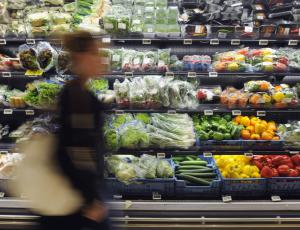 Zveza potrošnikov bo dvojno kakovost živil preverjala do 30. junija
