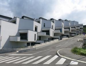 Nepremičnine: Nove soseske se ne gradijo
