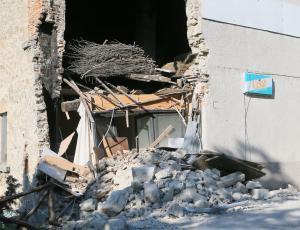 Potresno varna gradnja: Za rekonstruirano hišo veljajo enaki standardi kot za novogradnjo