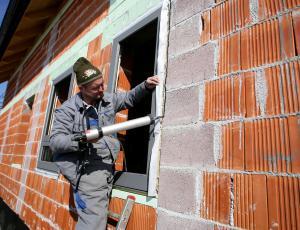 Preveč površnosti pri vgradnji oken