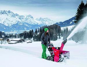 Snežne freze: Bolj kot moč v kilovatih je pomembna količina odmetanega snega