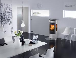Kamini in kaminske peči: Dobro zgorevanje manj onesnažuje zrak
