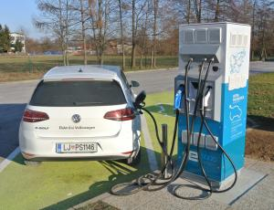 Letos višje subvencije za električna vozila