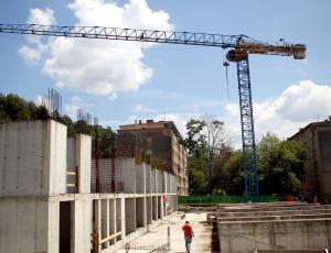 Vrednost gradbenih del maja še navzdol