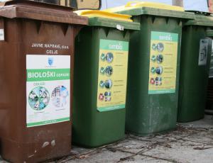 Delež ločeno zbranih komunalnih odpadkov narašča