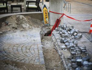 Gradbena inšpekcija v nadzoru gradbišč odkrila pet nelegalnih gradenj in izdala 47 odločb