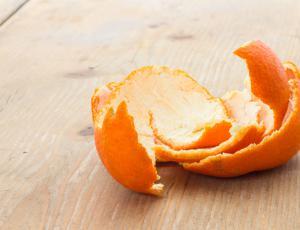Embalaža iz odpadnih surovin citrusov