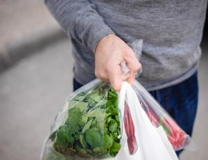 Z letom 2019 prepoved brezplačnih plastičnih vrečk