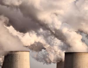Za 70 odstotkov izpustov toplogrednih plinov odgovornih 100 podjetij