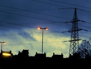Povprečna cena elektrike za gospodinjstva konec lanskega leta nižja