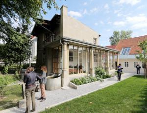 V Plečnikovi hiši odprtje razstave Jože