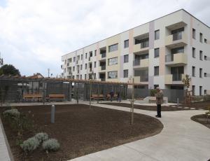 EU v tretjem četrtletju lani z rastjo cen stanovanjskih nepremičnin