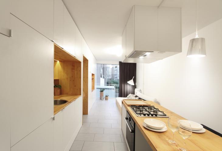 Kuhinja v enosobnem stanovanju, zasnova Gaser arhitektura. - Foto: arhiv Gaser arhitektura