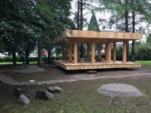 Slovenj Gradec krasi leseni slovensko-japonski paviljon Slika 2