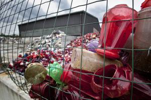 EU s prvo strategijo za boj proti plastičnim odpadkom Slika 2