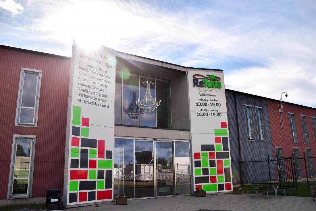 Ikeina trgovina z rabljenim pohištvom bo v nakupovalnem središču ReTuna, ki so ga odprli pred petimi leti. FOTO: arhiv ReTuna