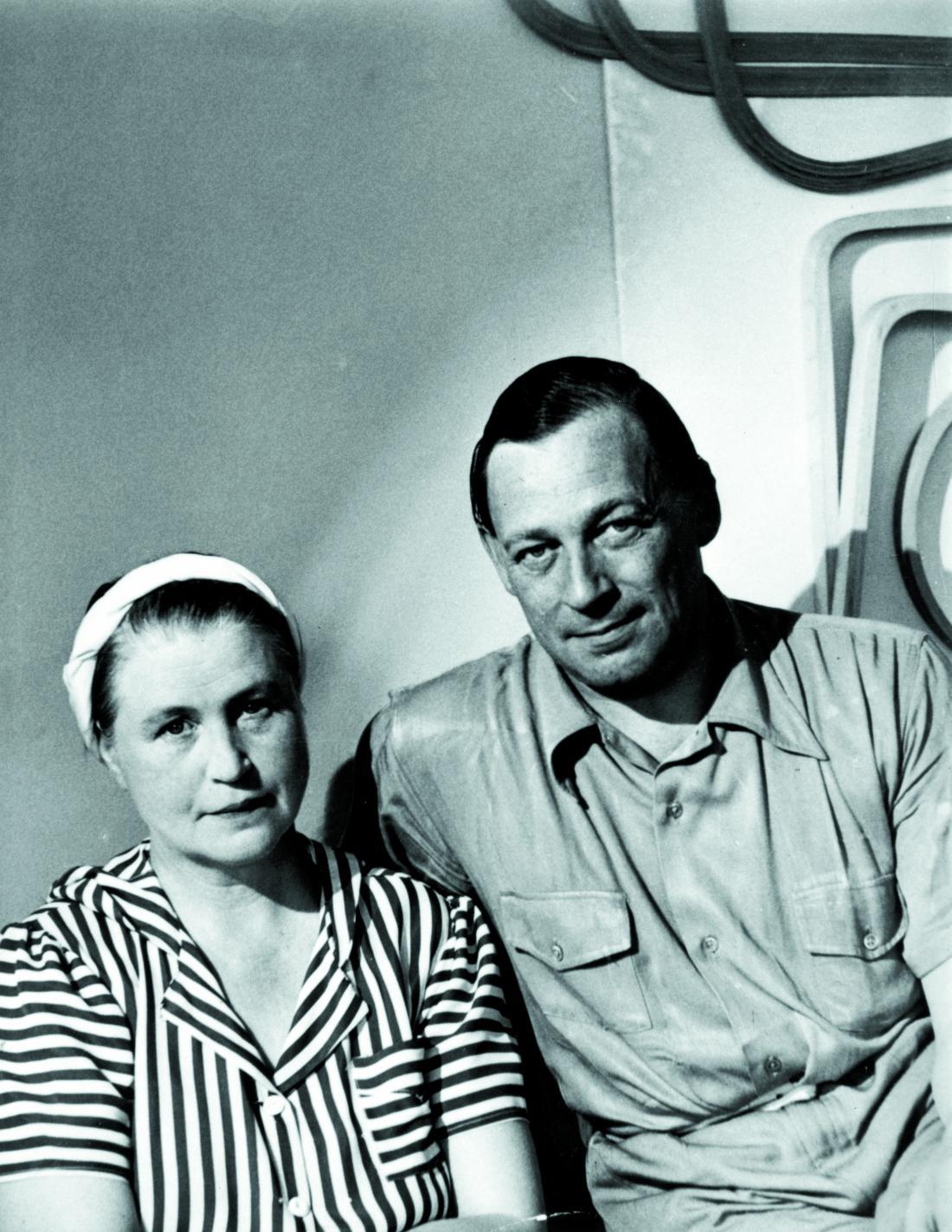 Finska arhitekta in oblikovalca Aino in Alvar Aalto sta bila tesno povezana na vseh področjih življenja: bila sta poročena, sodelovala pa sta tudi na področju arhitekture in oblikovanja. Foto: arhiv podjetja Artek