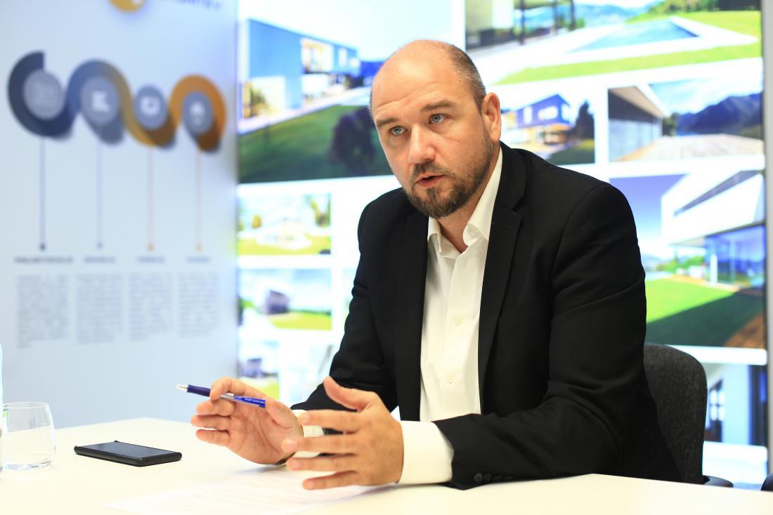 Alen Mladinov