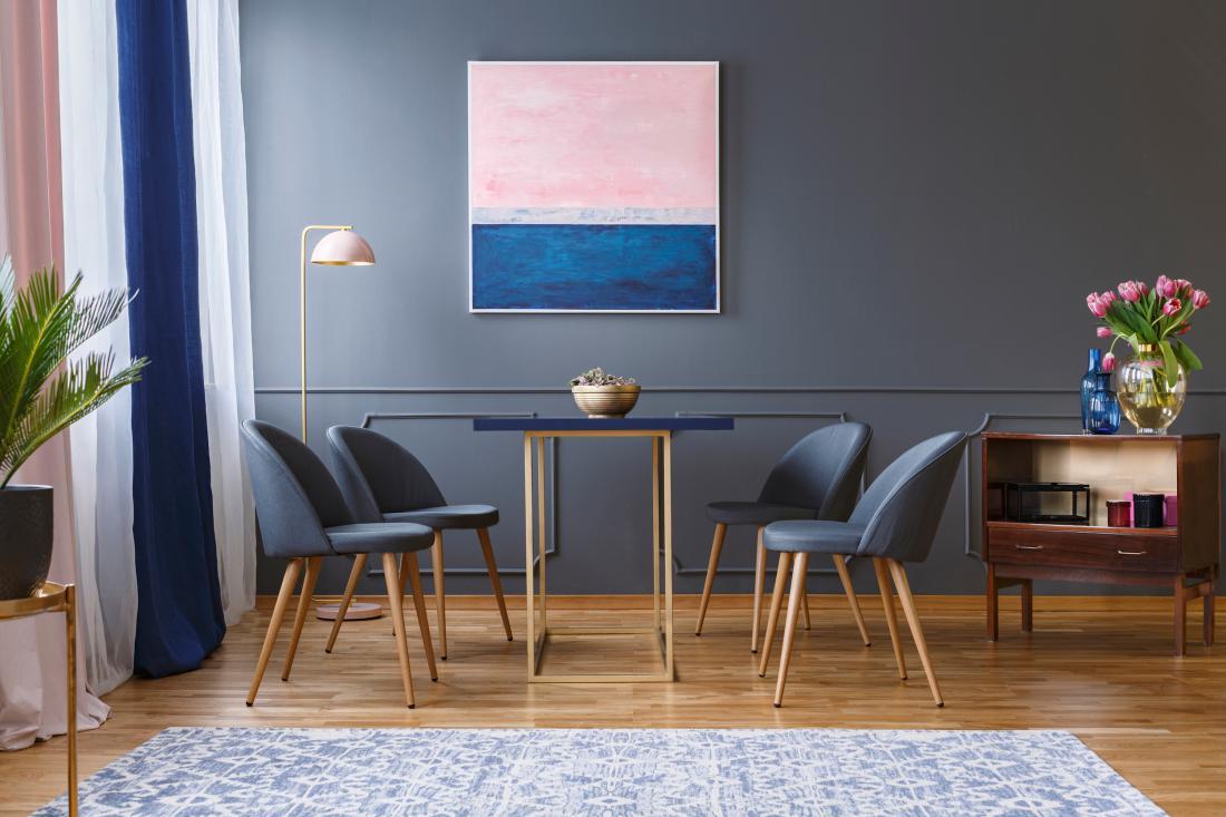 V naših domovih prevladujejo lesene talne obloge v bivalnih in spalnih prostorih. FOTO: Photographee.eu/Shutterstock