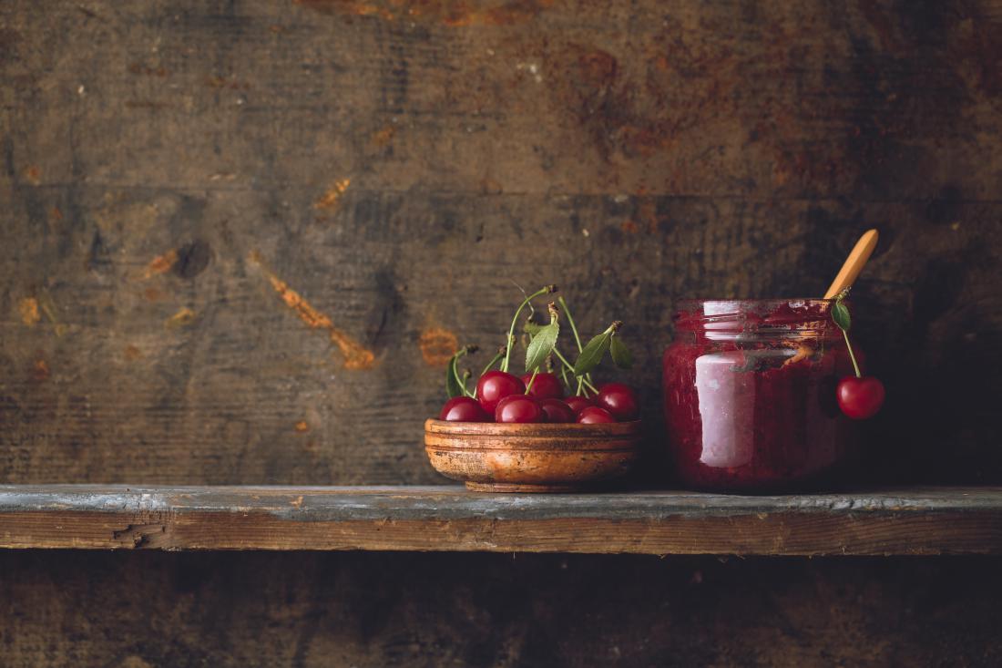 Ponudniki češnjevih dobrot ugotavljajo, da smo Slovenci konservativni jedci, od pripravkov iz češenj imamo najraje marmelado, redkeje se odločamo za eksotične kombinacije. FOTO: Shutterstock