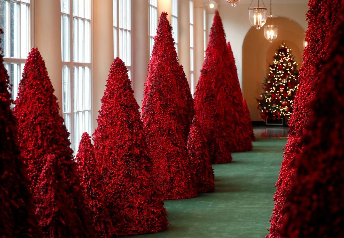 Božična okrasitev v Beli hiši. Foto: Leah Millis/Reuters