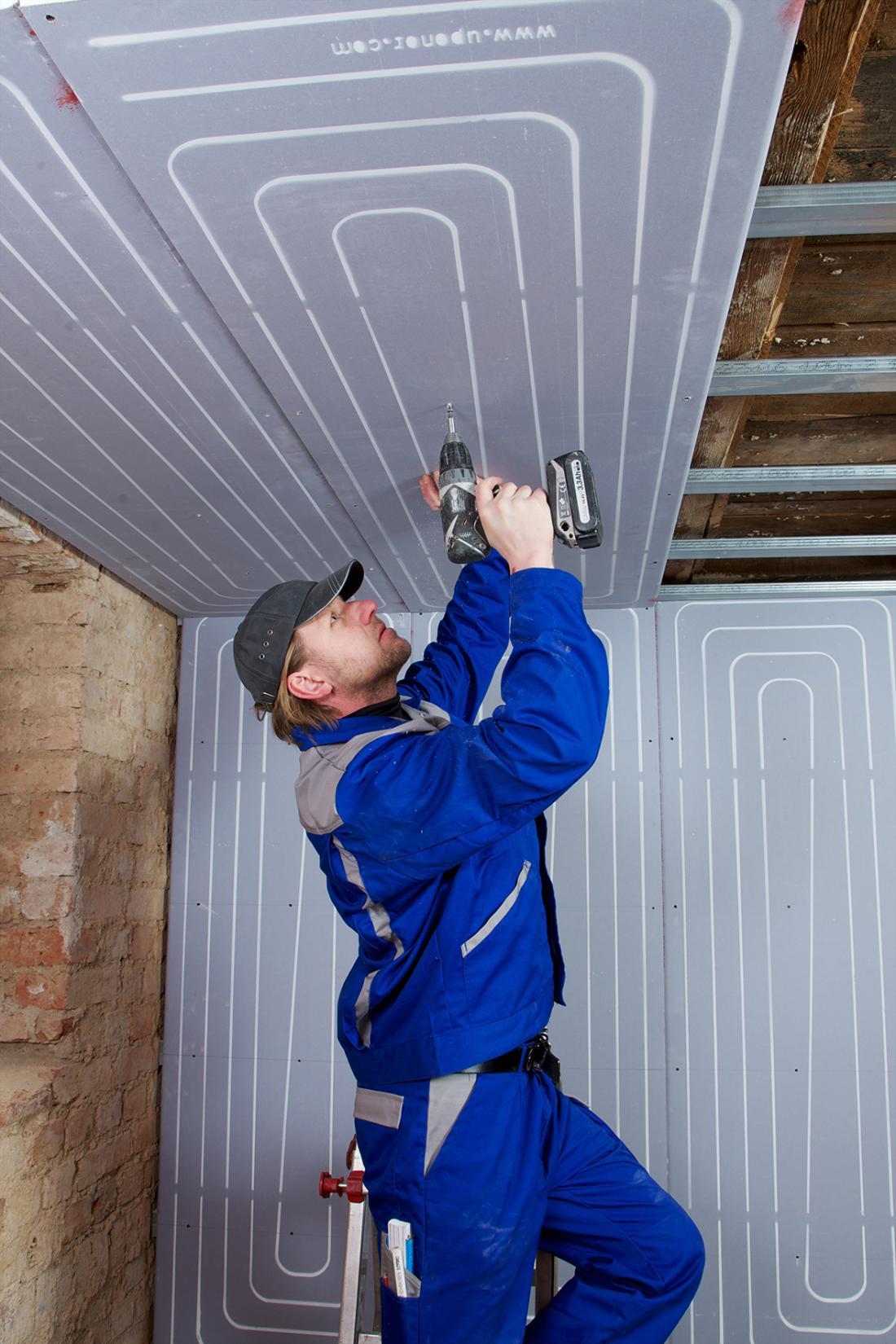 Za adaptacije so primerne mavčne plošče debeline 15 mm, v katerih so že tovarniško vgrajene cevi. Uporabljajo se za stensko in stropno cevno ogrevanje.