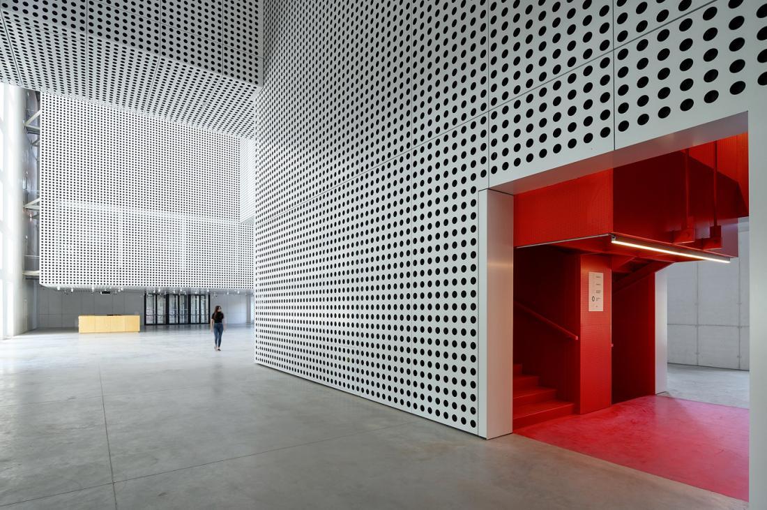 Galerijo Cukrarna bodo odprli 24. septembra. Foto: Miran Kambič