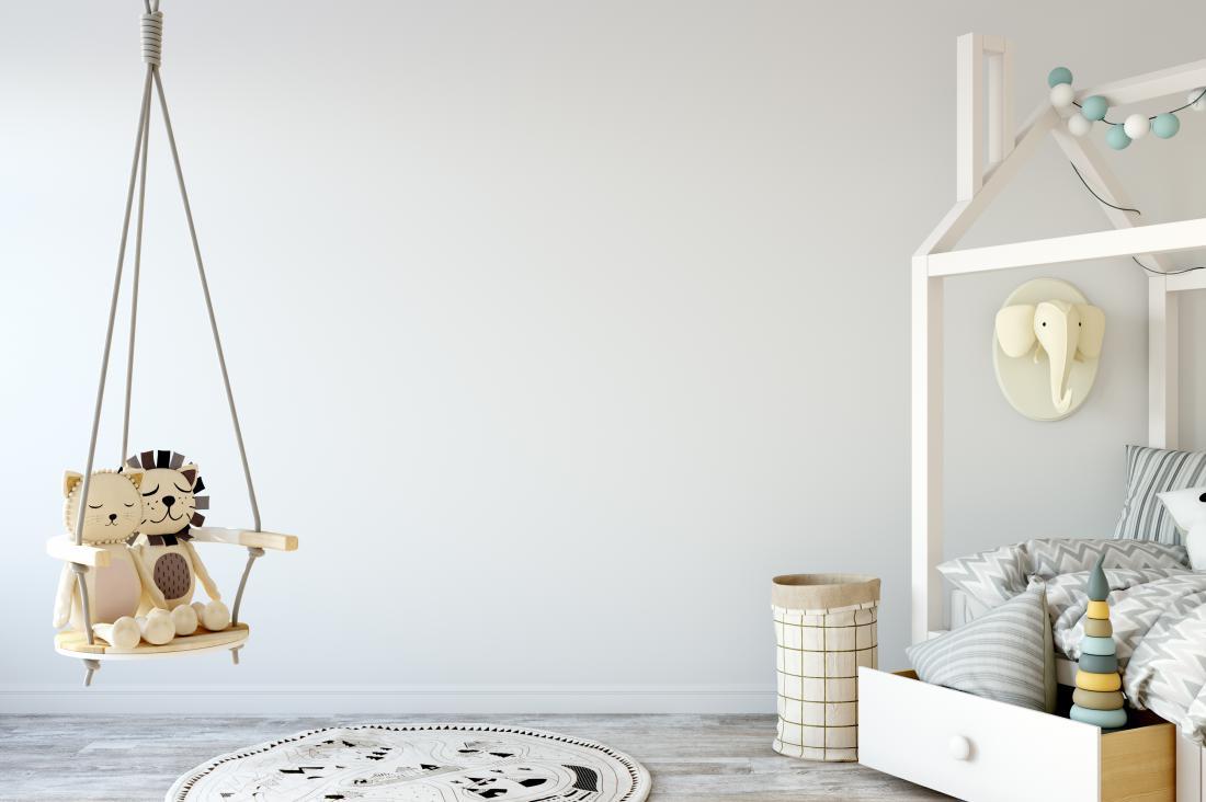V otroški sobi se lahko znajde tudi gugalnica. FOTO: Yuri-u/ Shutterstock