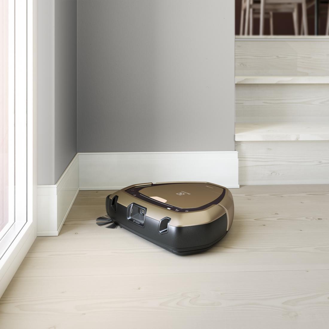 Robotskim sesalnikom lahko določimo urnik sesanja, kar pomeni, da lahko čistijo takrat, ko nas ni doma. Uporabni so za sesanje trdih površin in za gospodinjstva s hišnimi ljubljenčki. FOTO: arhiv podjetja Electrolux